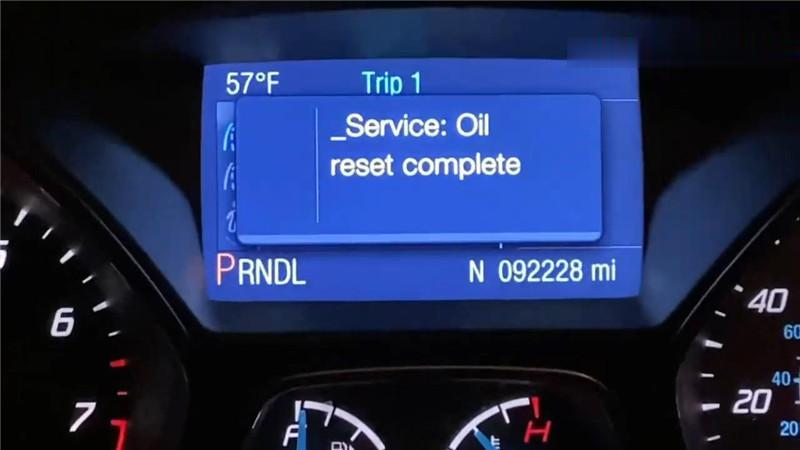 ford-focus-oil-change-required-reset-via-autel-maxisys-elite-12 (2)